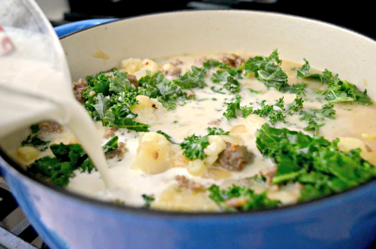 Low-Carb Olive Garden Zuppa Toscana Soup