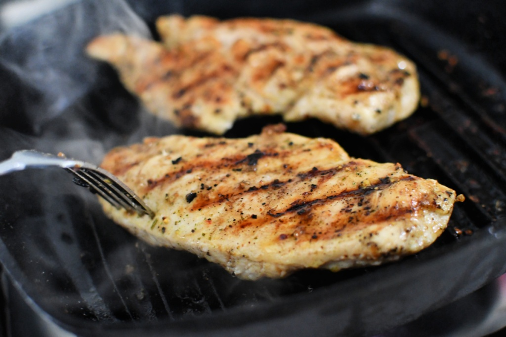 grilled chicken on grill pan