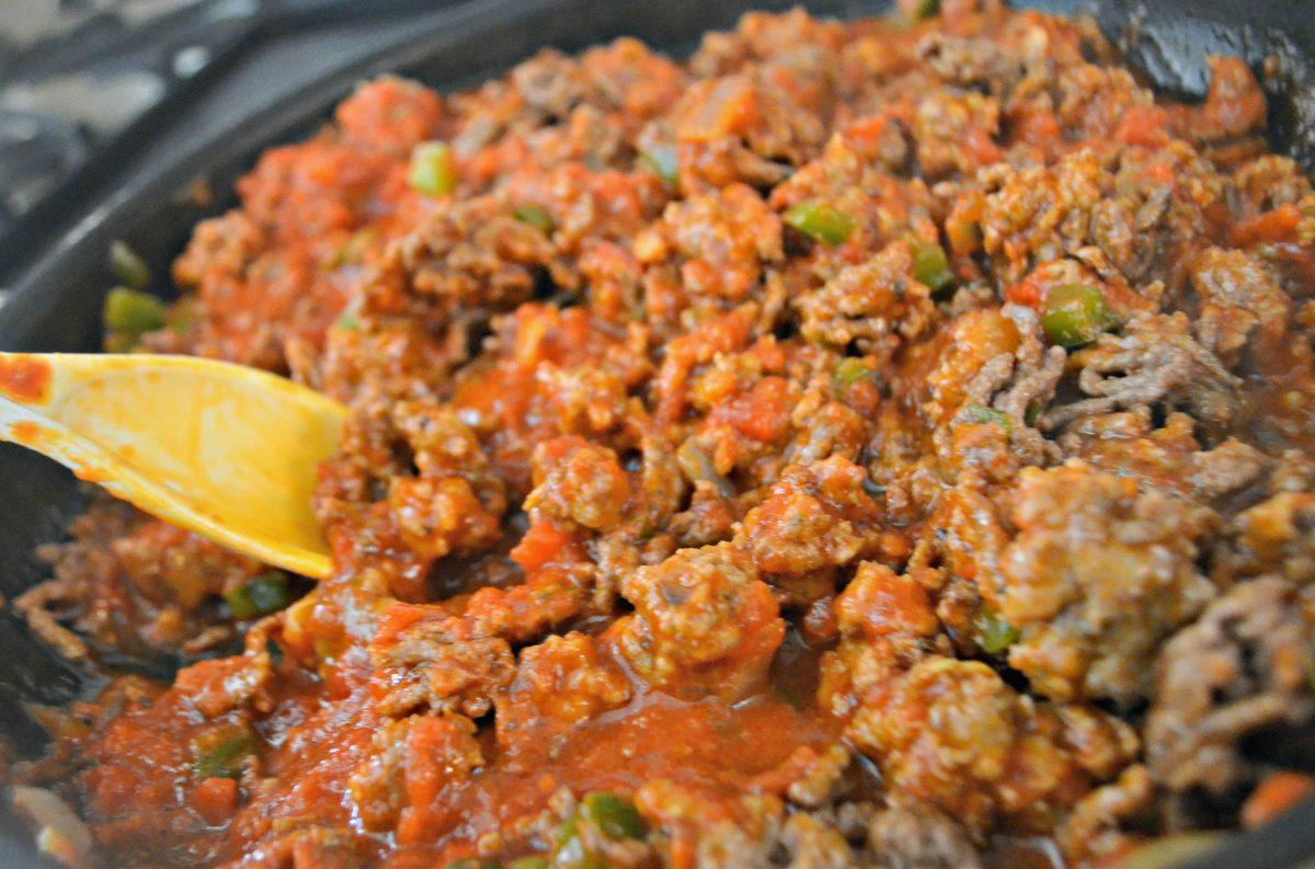Keto Lasagna - Mixing up in pan