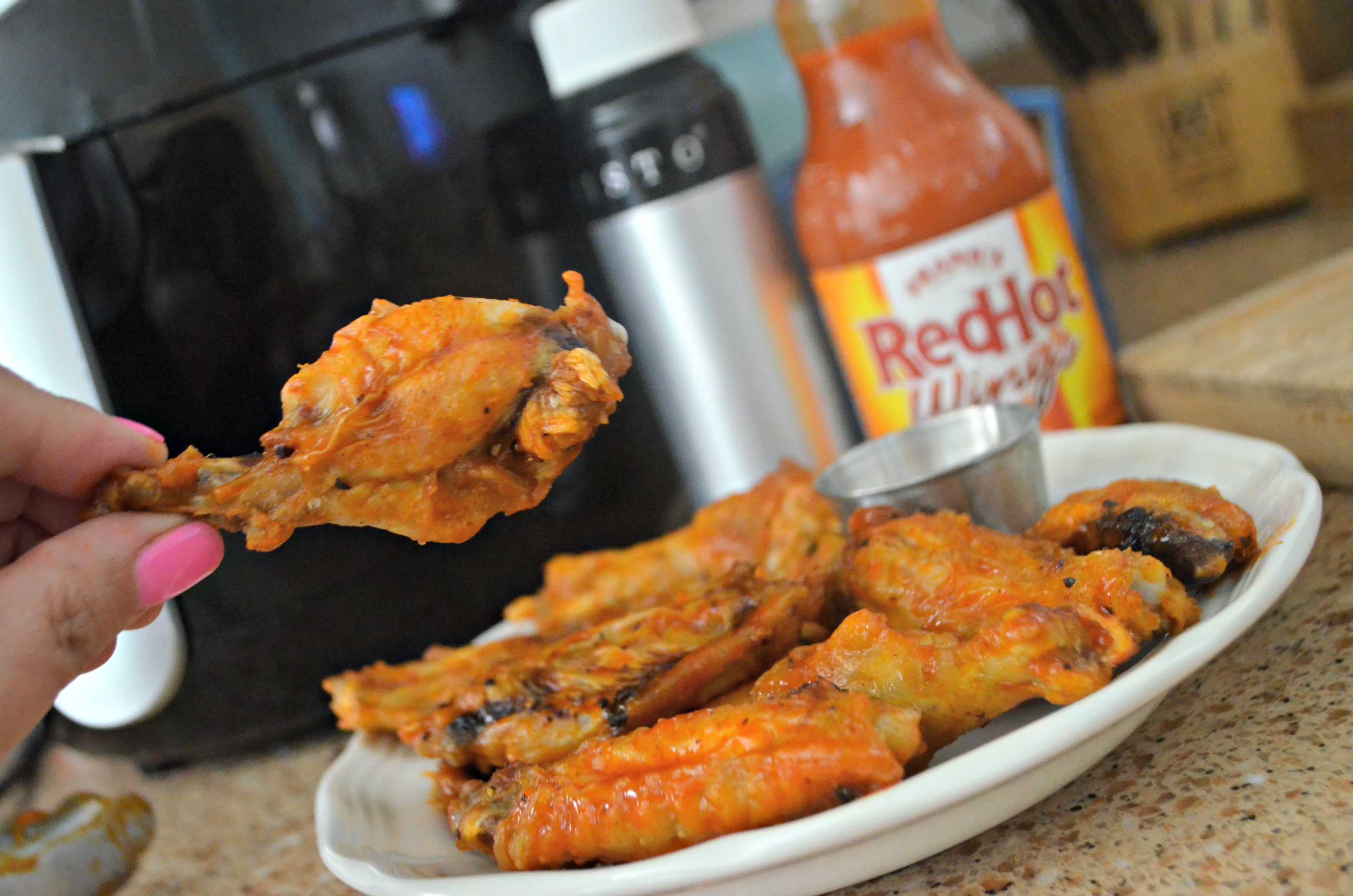 These air fryer wings are delicious and crispy.