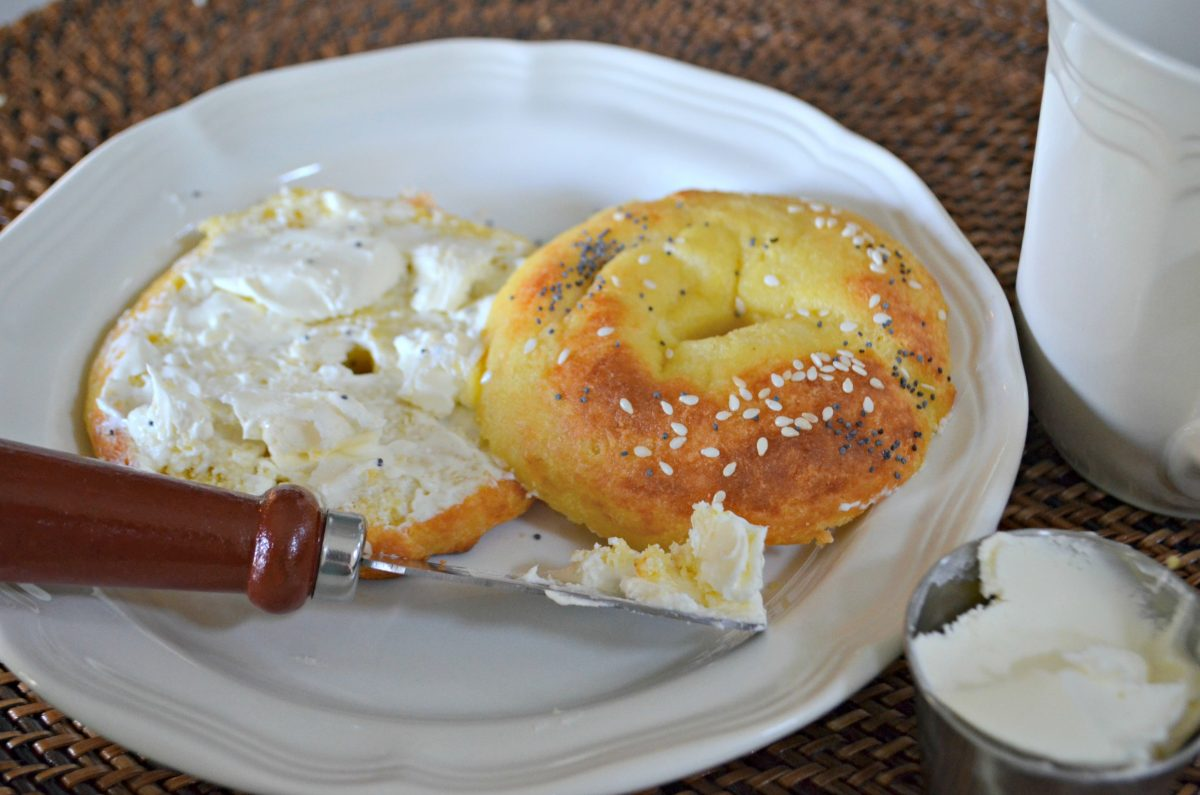 easy keto bagels – with cream cheese