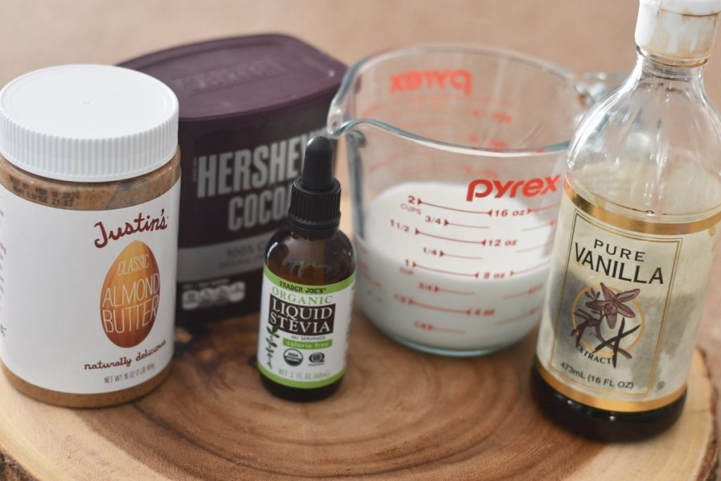 ingredients to make keto frosty on the counter