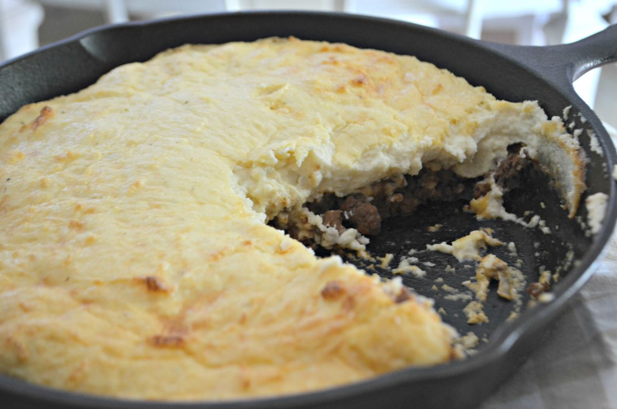 keto beef shepherd's pie – adding the topping and cooking until golden