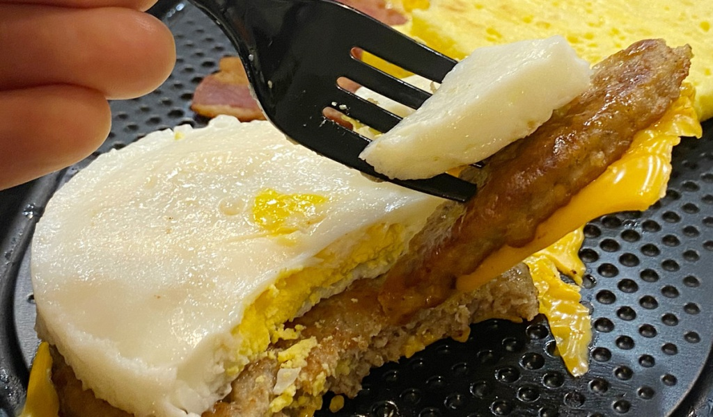 Sausage egg cheese mcmuffin mcdonalds keto