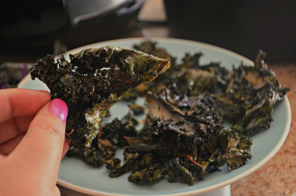 keto air fryer kale chips - close up of a kale chip