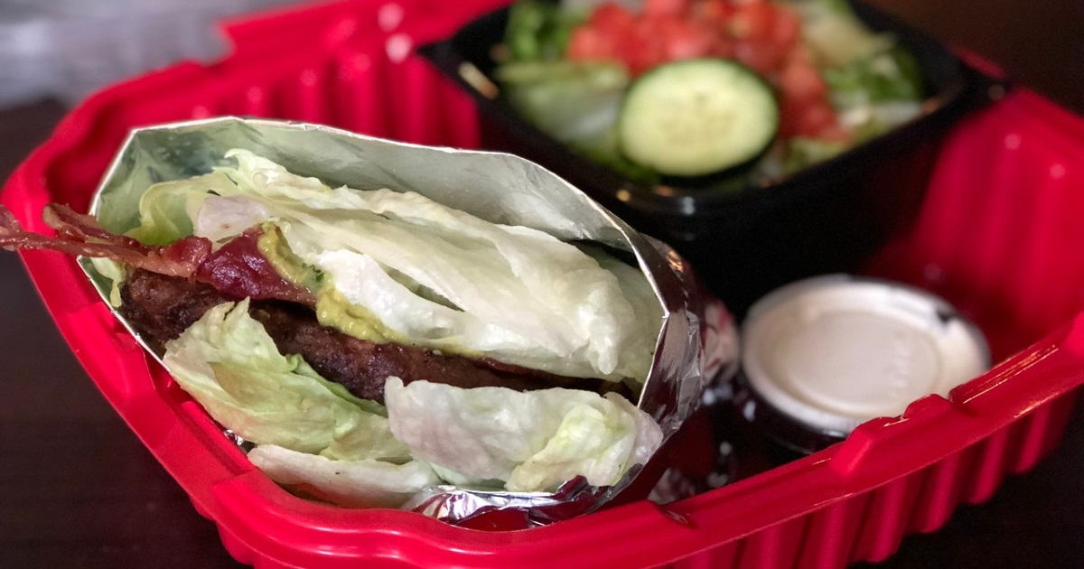 red robin keto dining guide – burger closeup