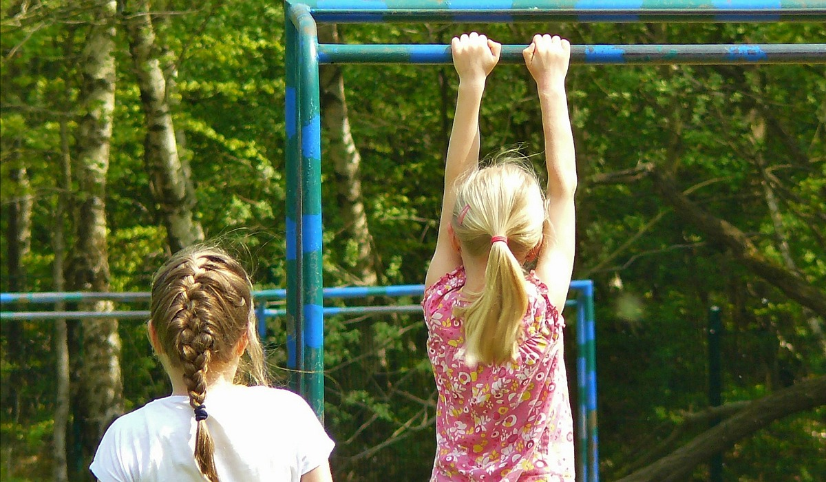 Is keto safe for kids? – two girls playing on playground