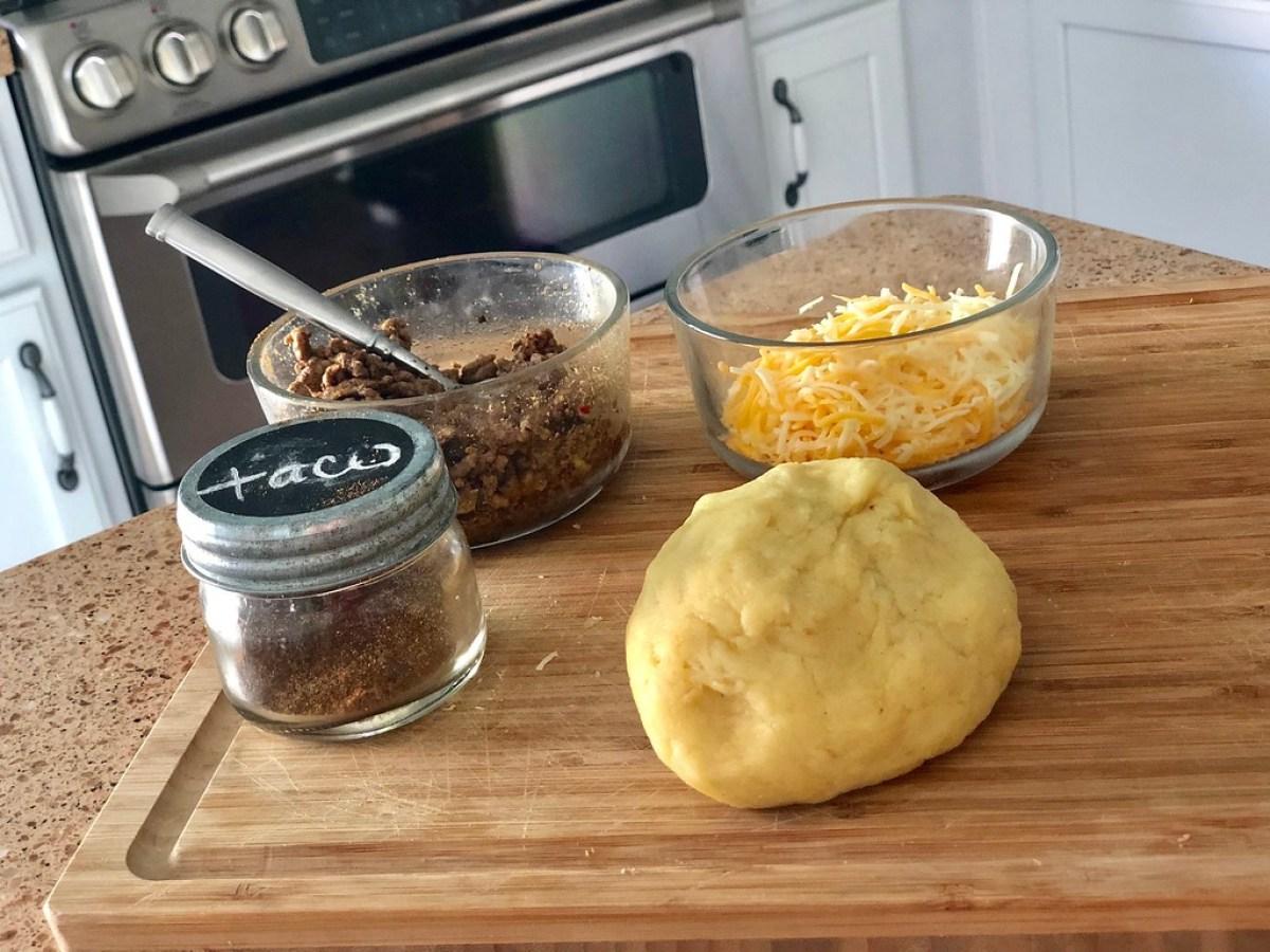 Easy Keto Taco Breadsticks - the ingredients