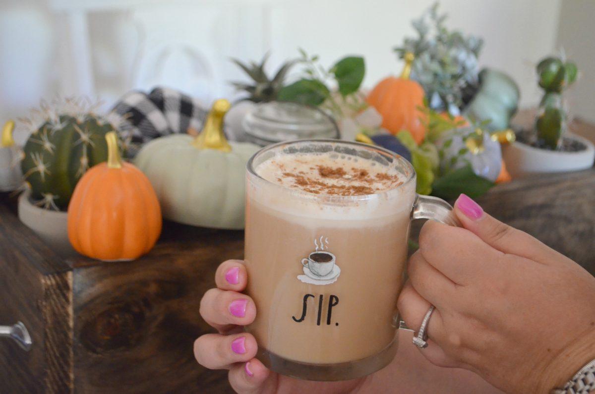 diy pumpkin spice latte recipe starbucks – in a clear mug