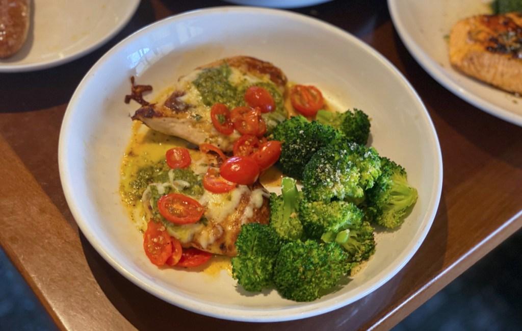 olive garden marg chicken on plate