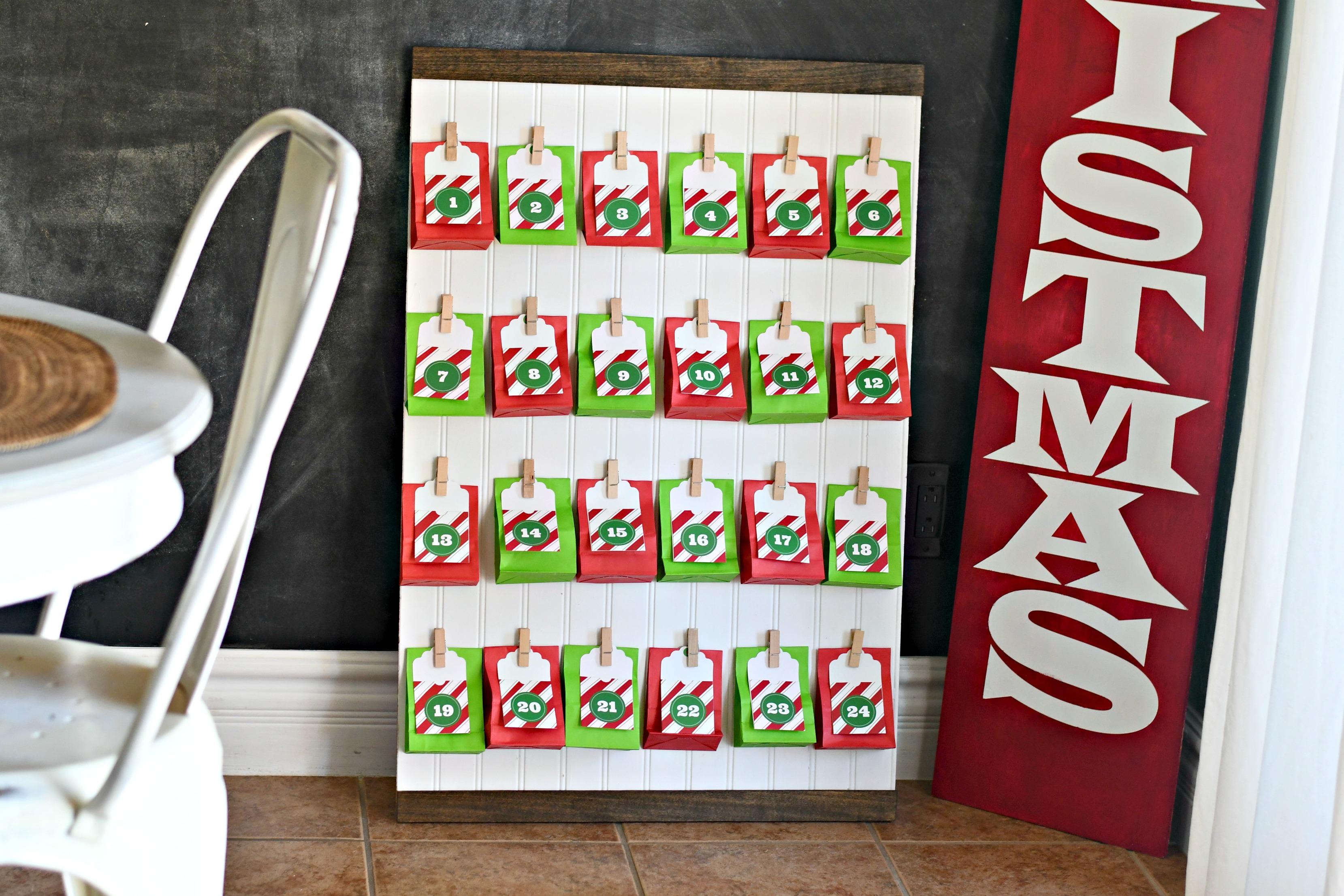DIY Keto Advent Christmas Calendar – front view of the calendar