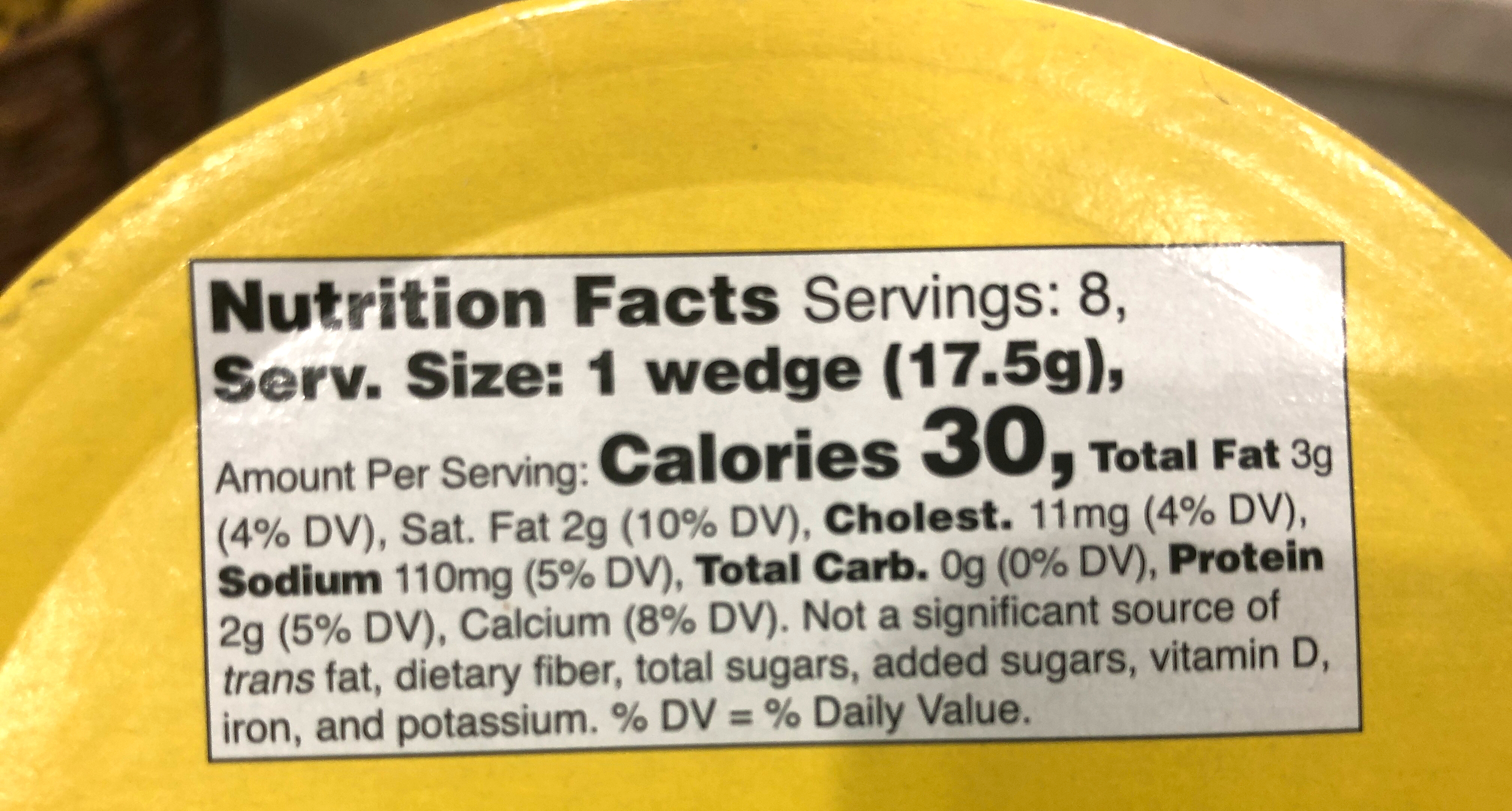 Nutritional label for keto Kerrygold Dubliner cheese wedges