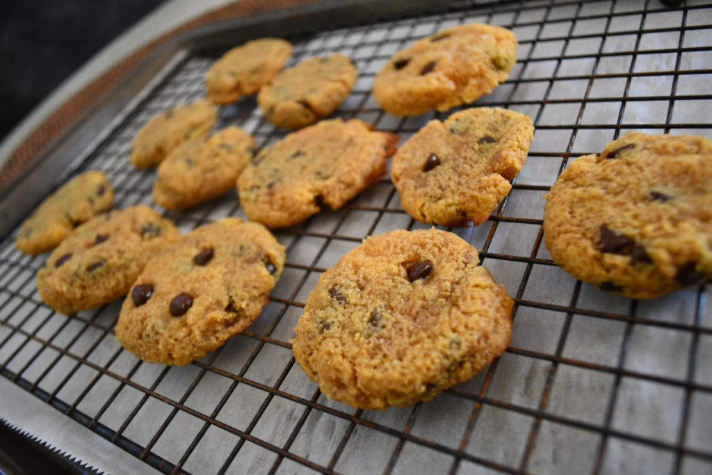 cookies cooling off