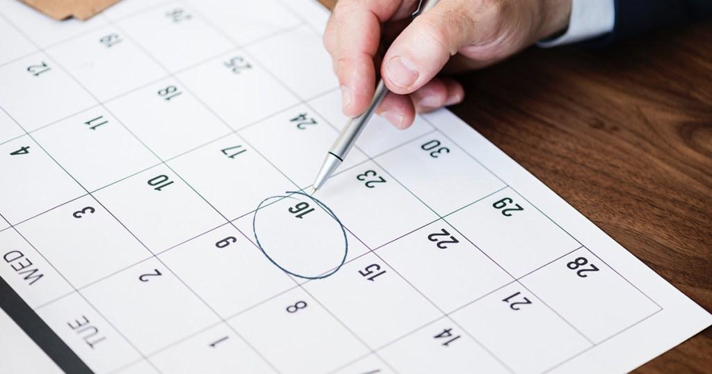 circling date on calendar