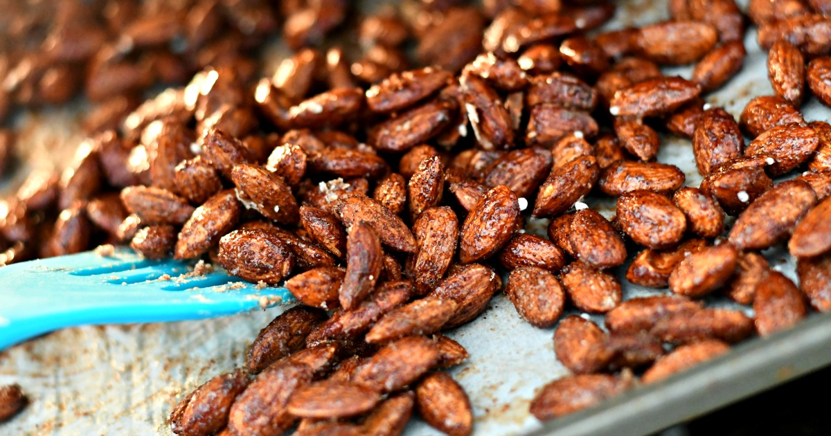 Sugar-Free Roasted Spiced Almonds - closeup on the pan