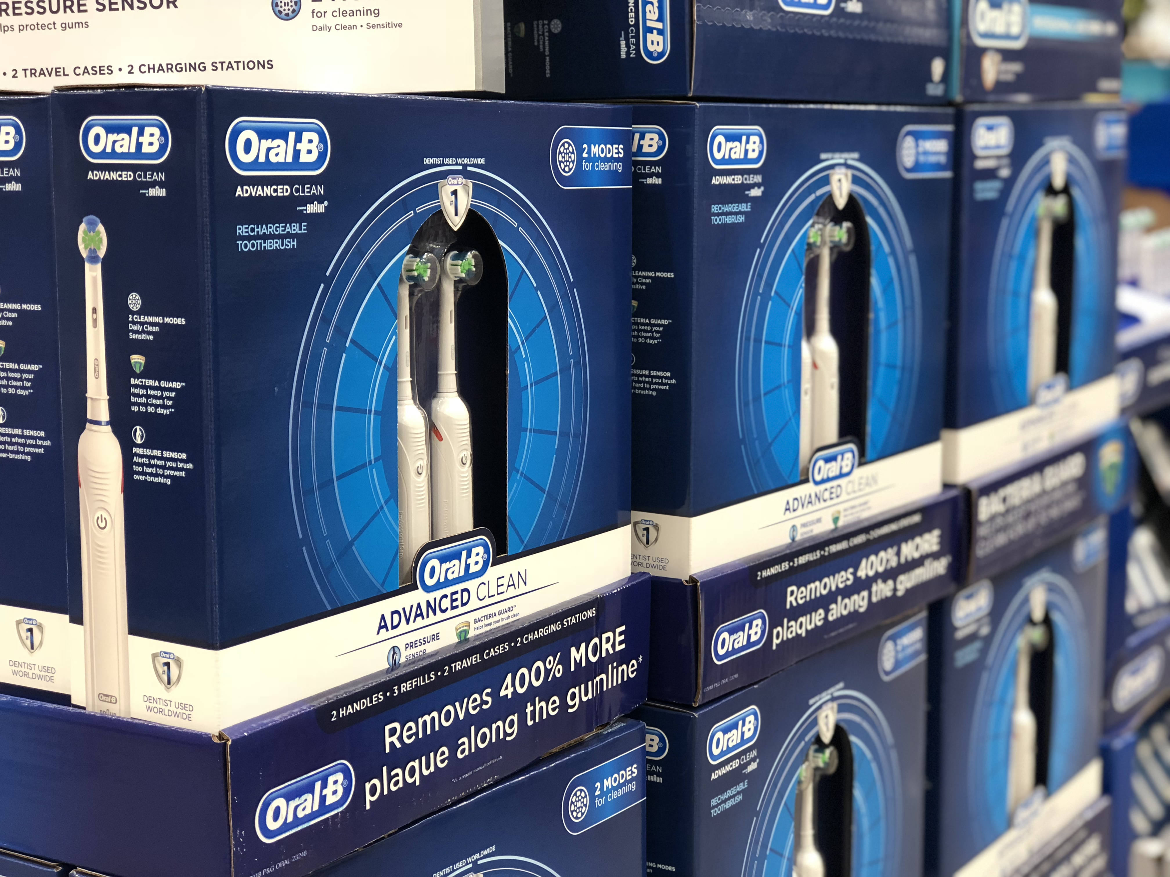 Oral-B 2pack toothbrushes set at Costco