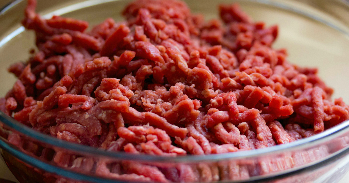 Ground beef in a clear bowl