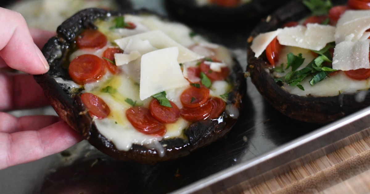 Keto Portobello Mushroom Pizzas