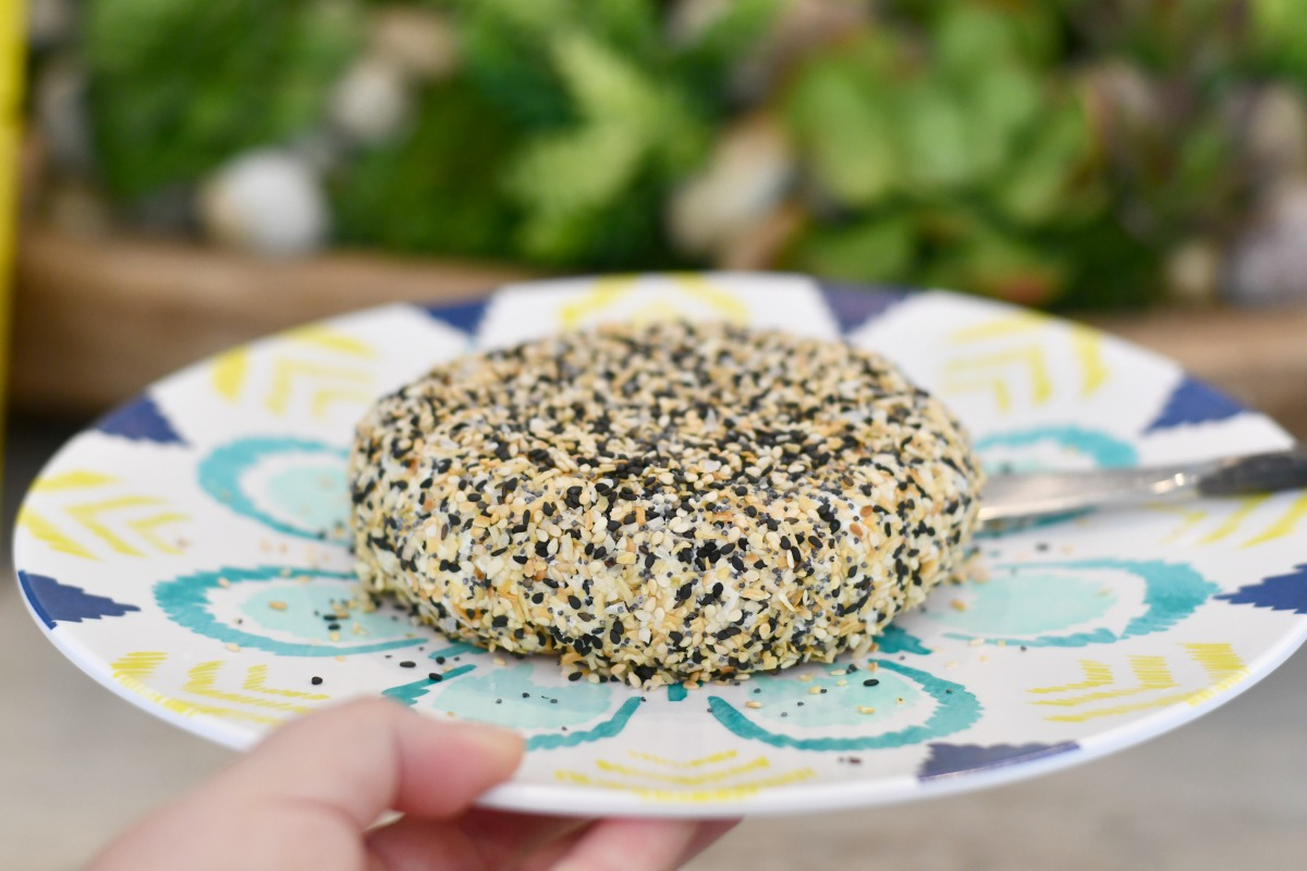 keto everything but the bagel cheese ball recipe on a plate