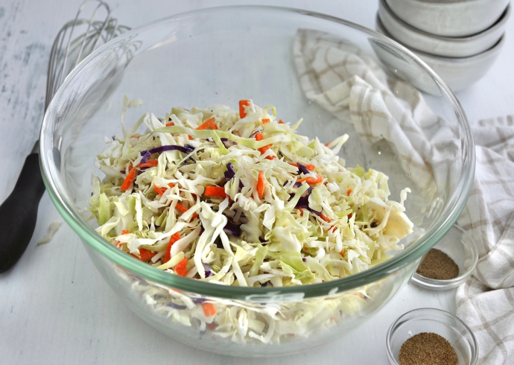keto coleslaw mix in a bowl