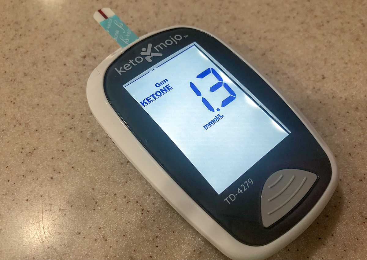 keto mojo blood ketone level monitor with 1.3 reading