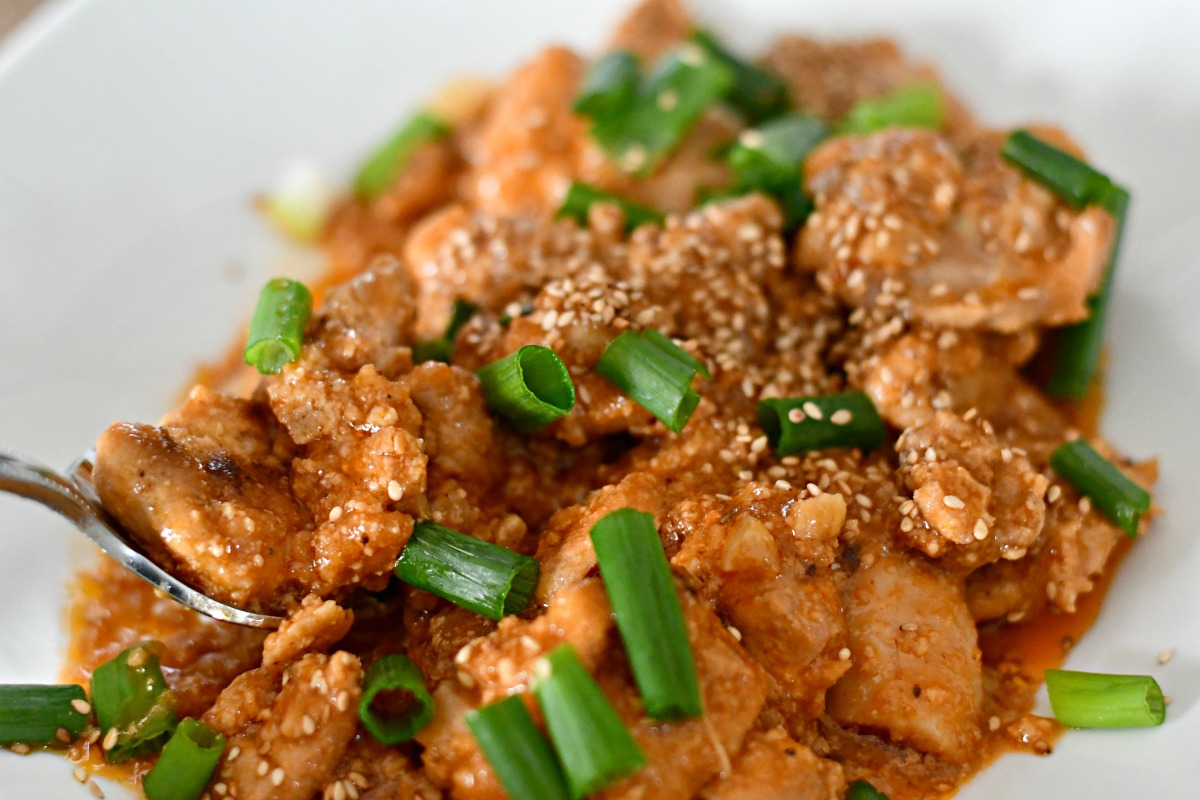 plated general tso's chicken with sesame seeds