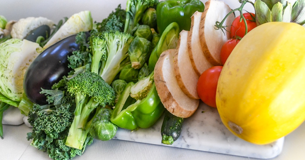 platter of fresh keto vegetables