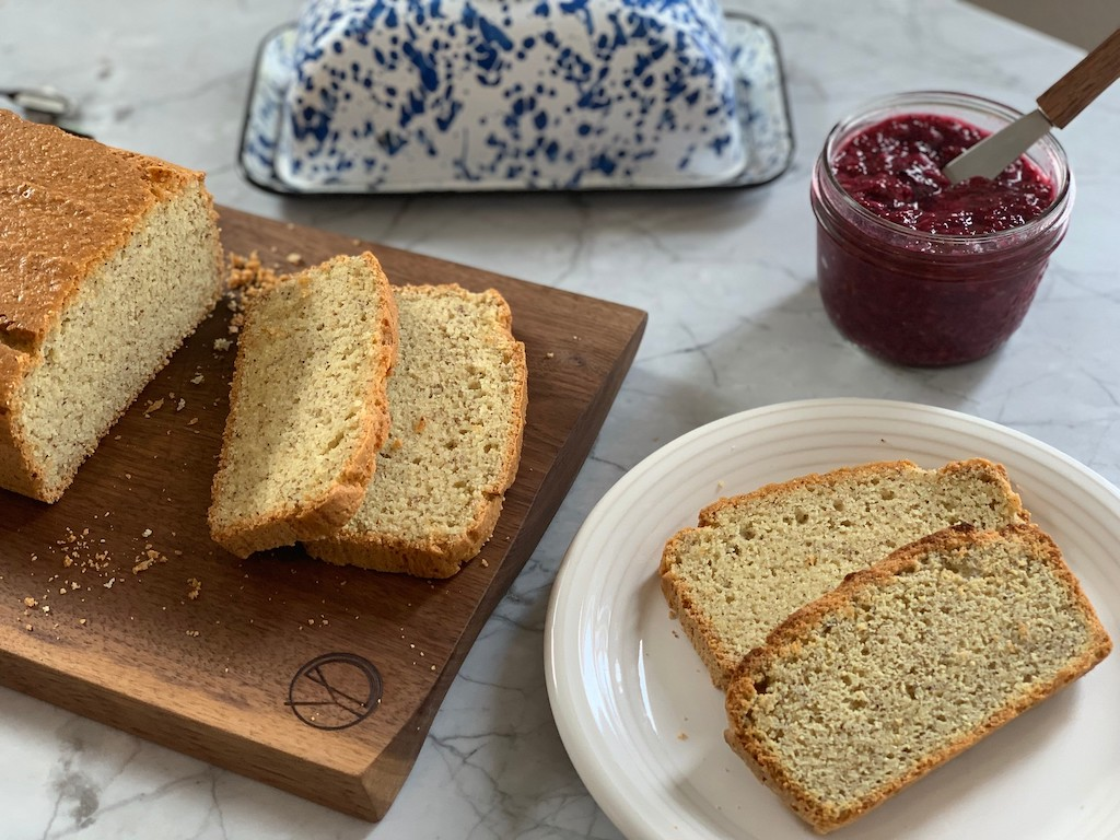sliced keto bread and sugar free jam