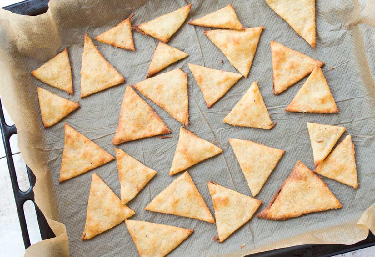 best keto chips recipes — tortilla chips from Sugar Free Londoner
