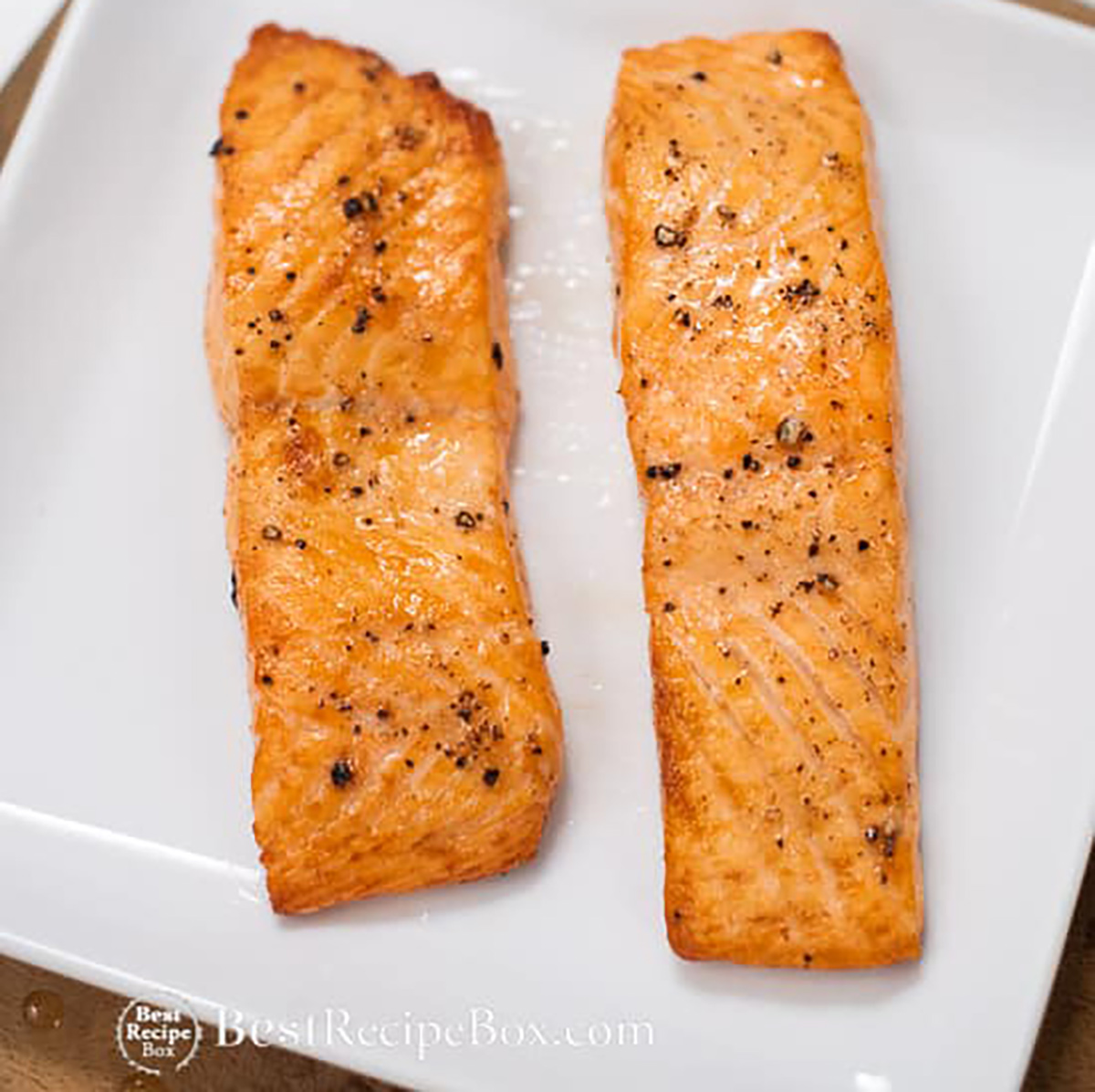 two filets of salmon in air fryer