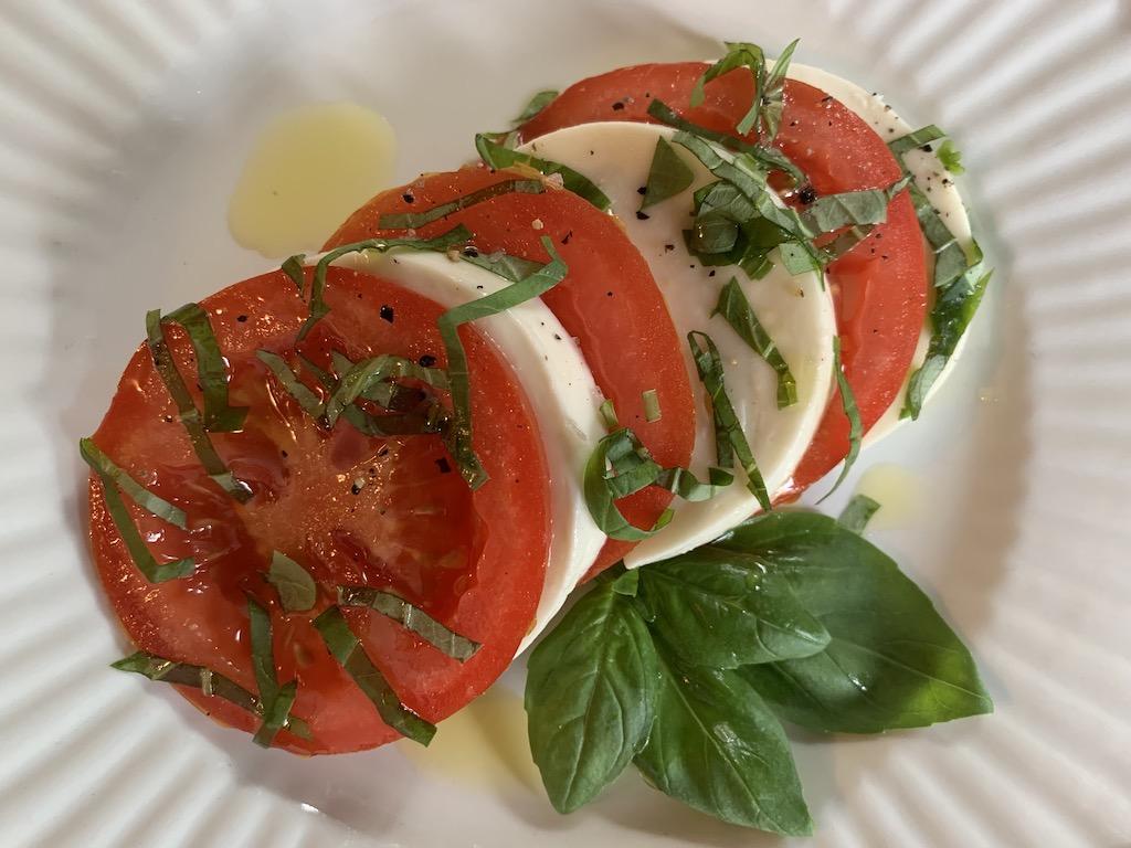 keto caprise salad on plate