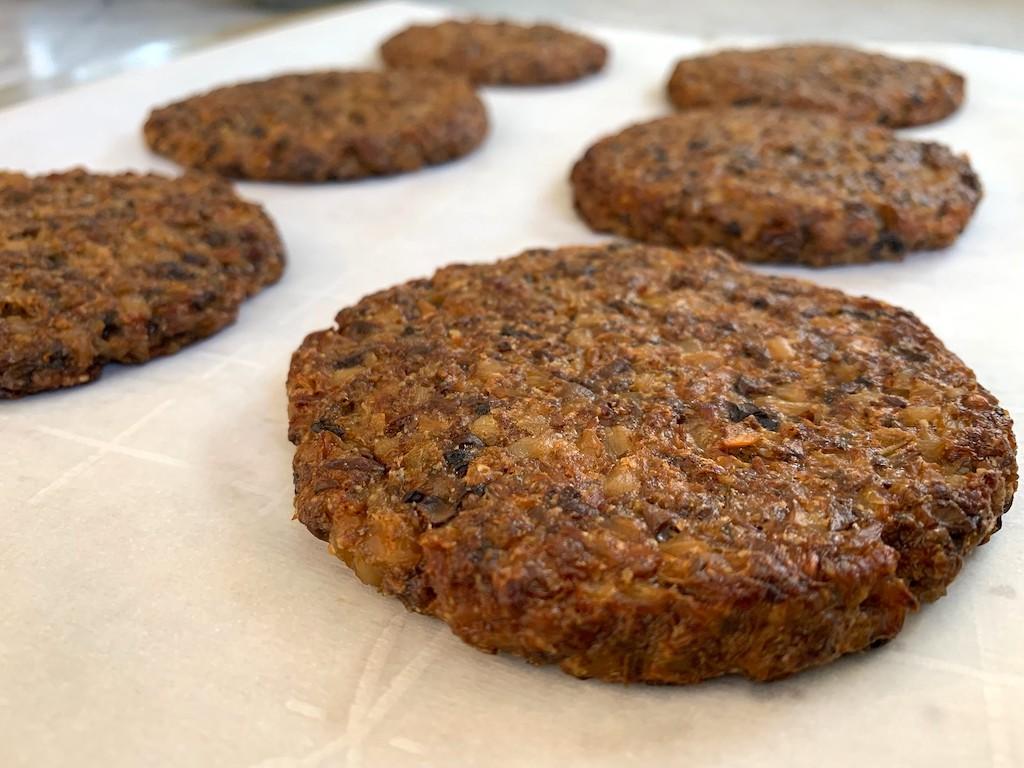 keto veggie burgers browned