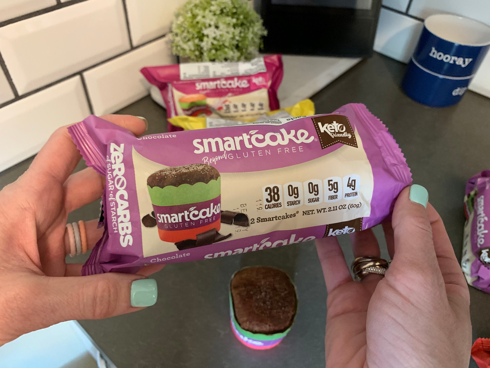 holding chocolate Smartcake
