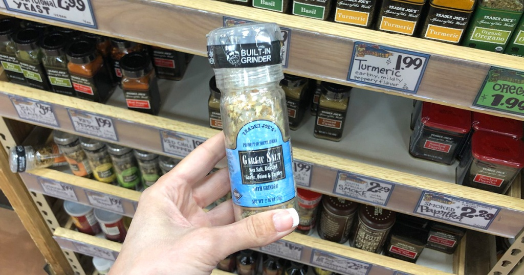 garlic salt seasoning blend grinder from trader joe's