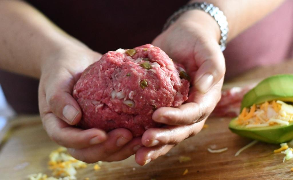 making ground beef ball