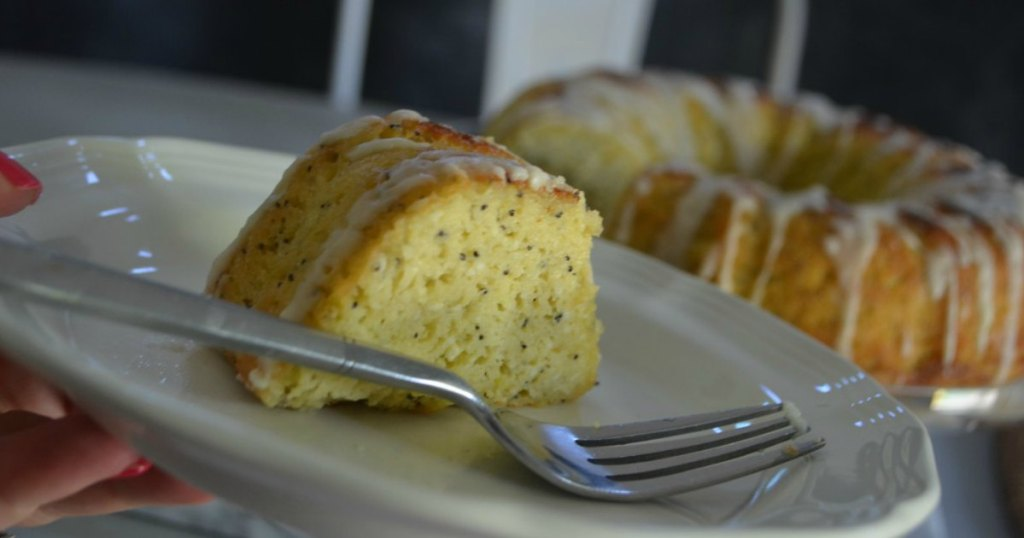 keto lemon poppy seed bundt cake