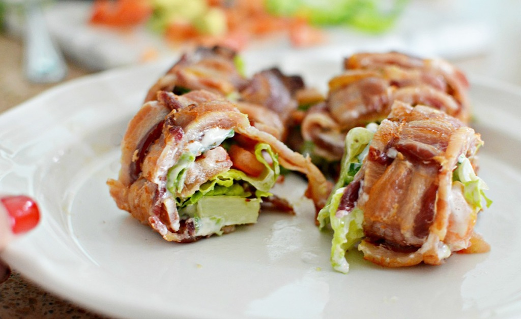 slices-of-keto-BLT-sushi-on-a-plate-