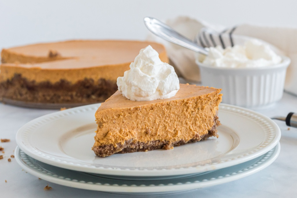 low-carb-pumpkin cheesecake