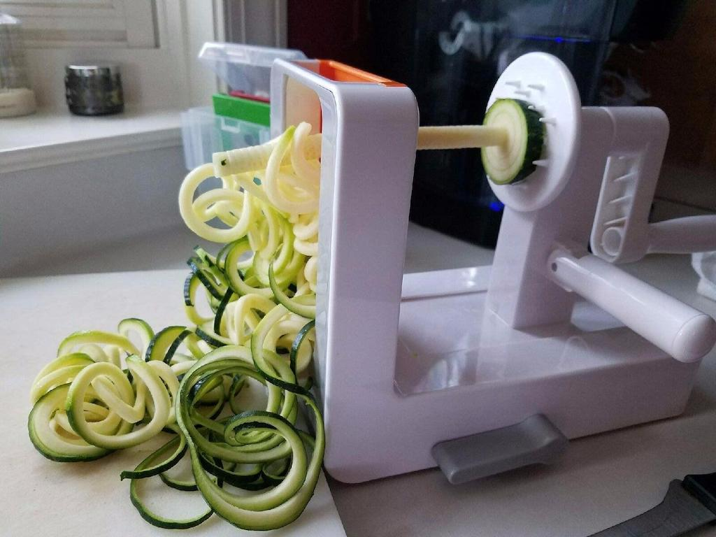 making keto zoodles with OXO tabletop Spiralizer