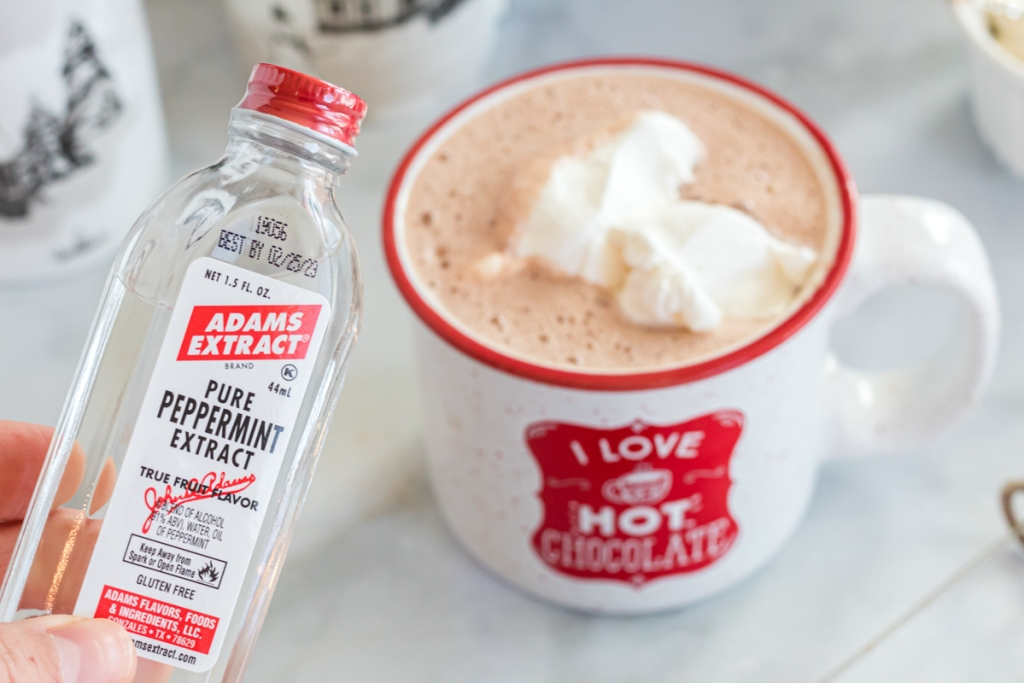 adding peppermint extract to hot chocolate