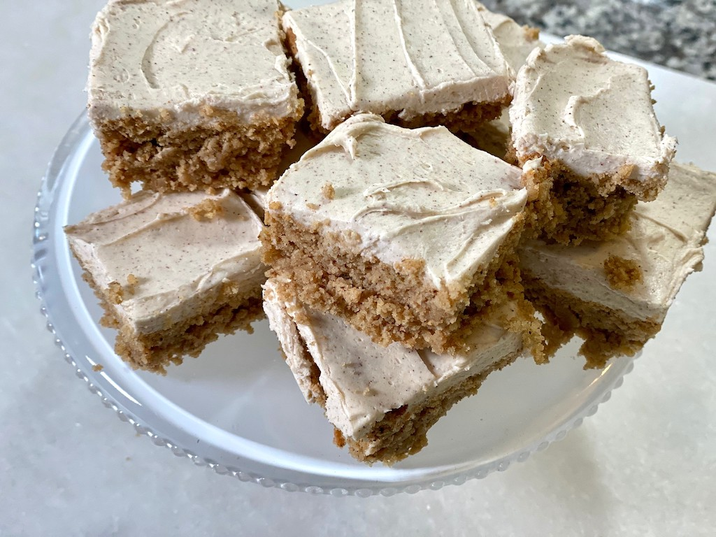 keto spice cake squares on plate