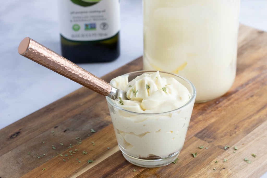 keto mayo in cup with knife