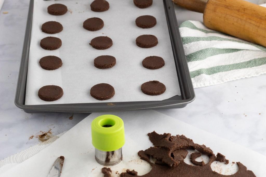cookie sheet of cookies