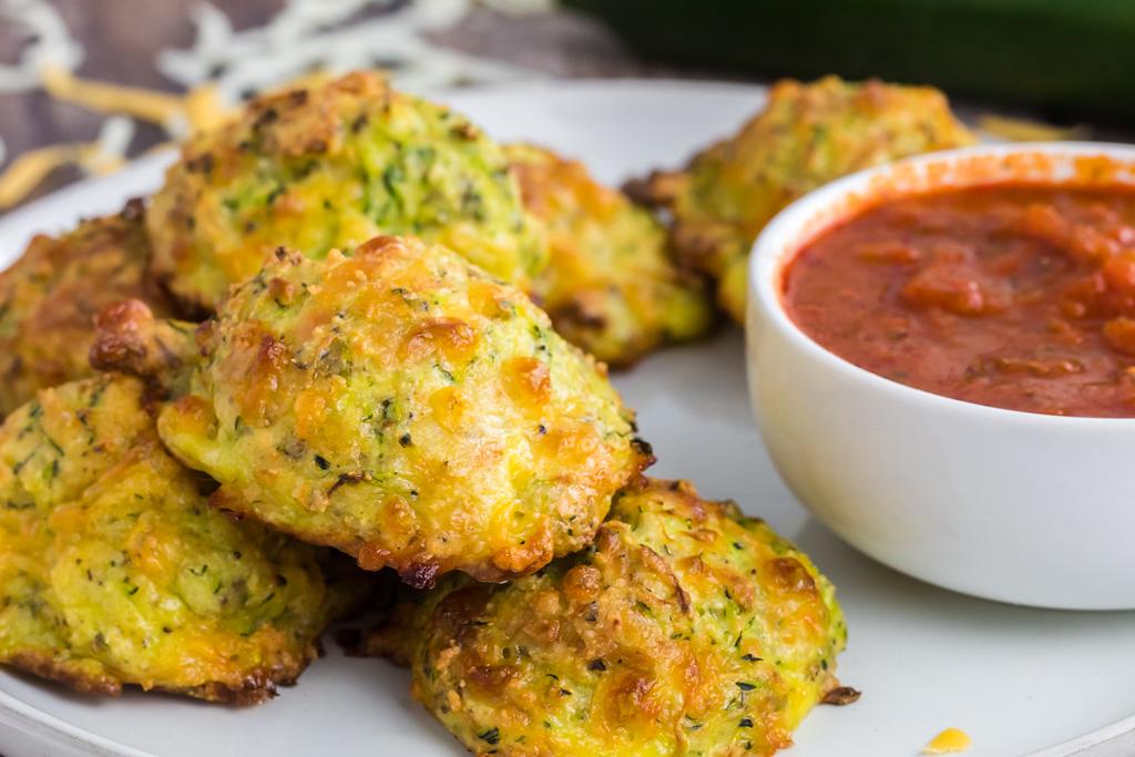 keto zucchini bites with marinara sauce