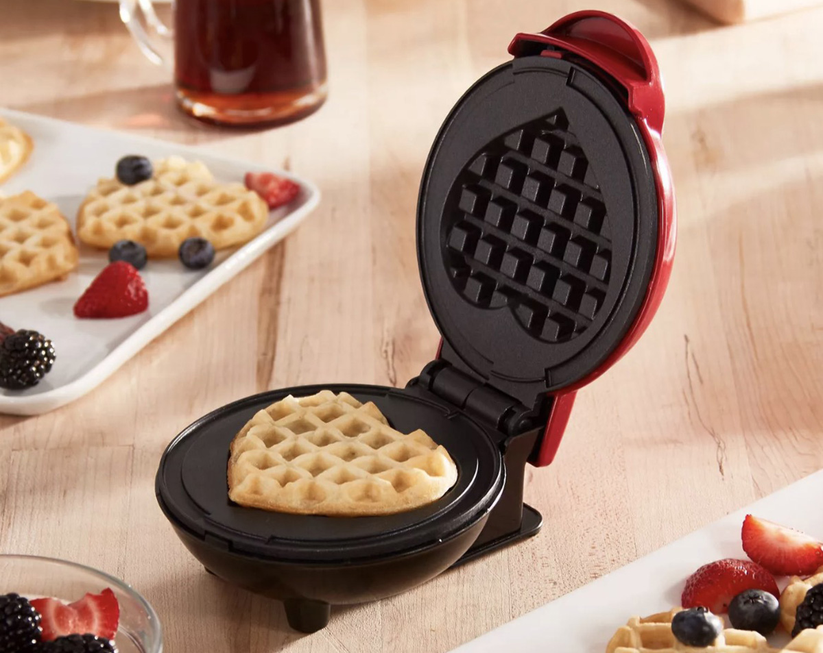 dash heart shaped waffle maker for keto valentine's day gift