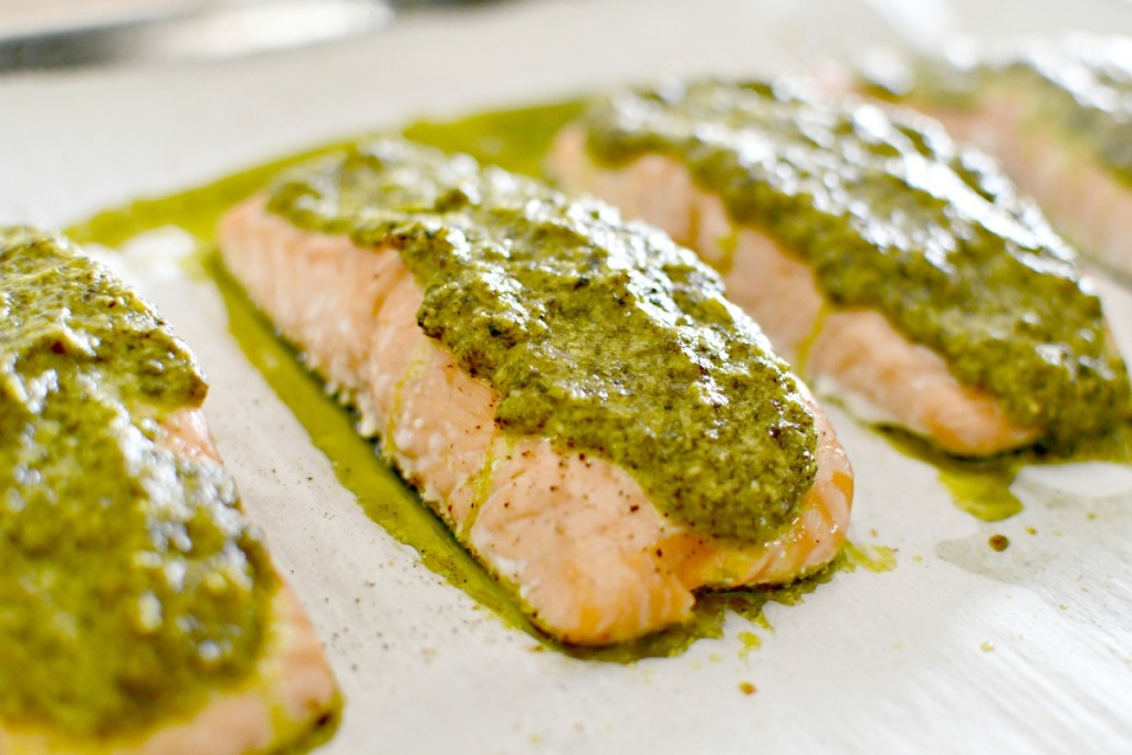 baked keto salmon with cilantro