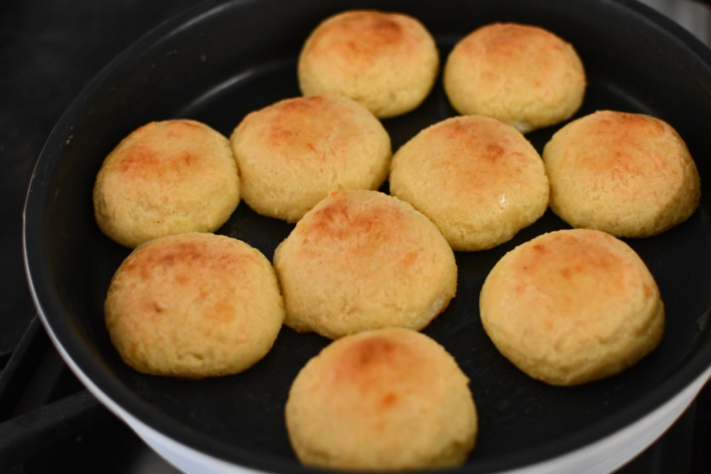 rolls fully cooked
