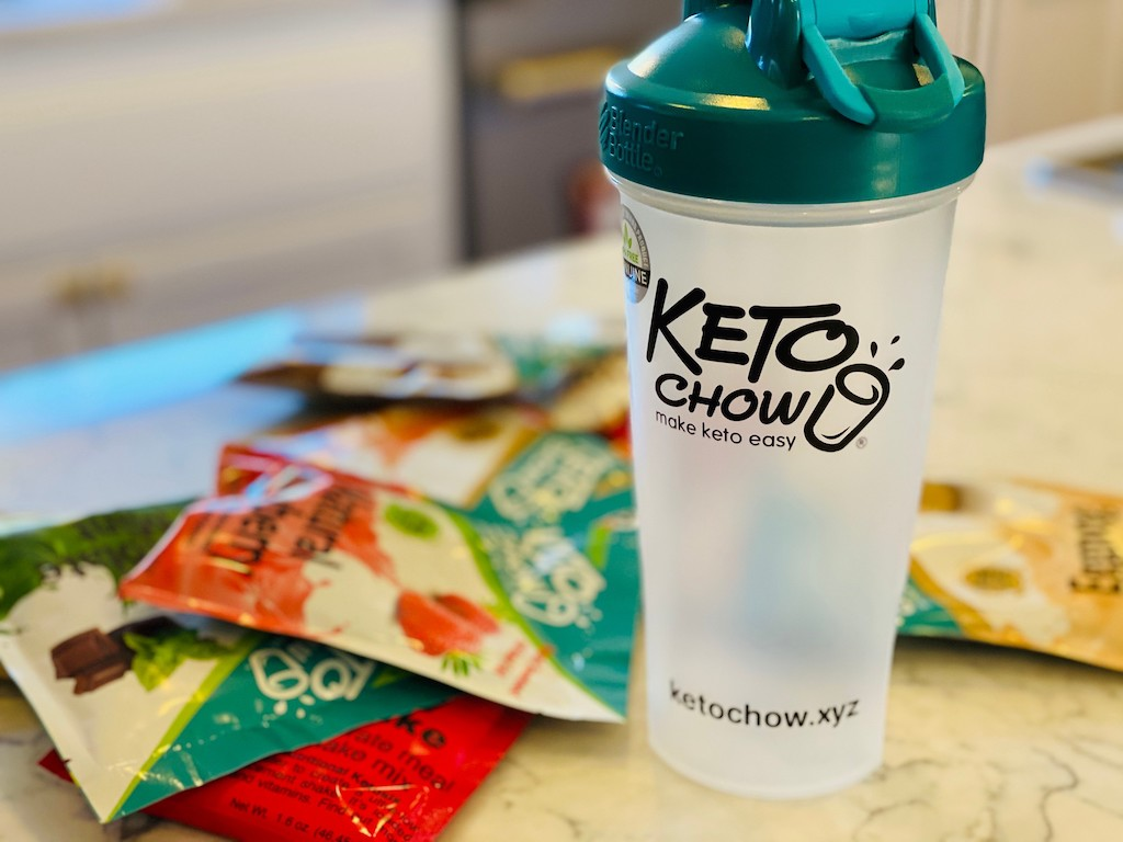 keto chow shaker bottles and mixes on counter