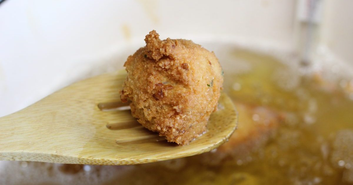 hushpuppy on a spoon