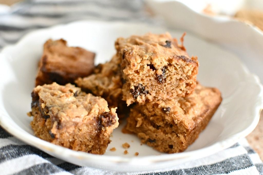 peanut butter cookie bars on a plate